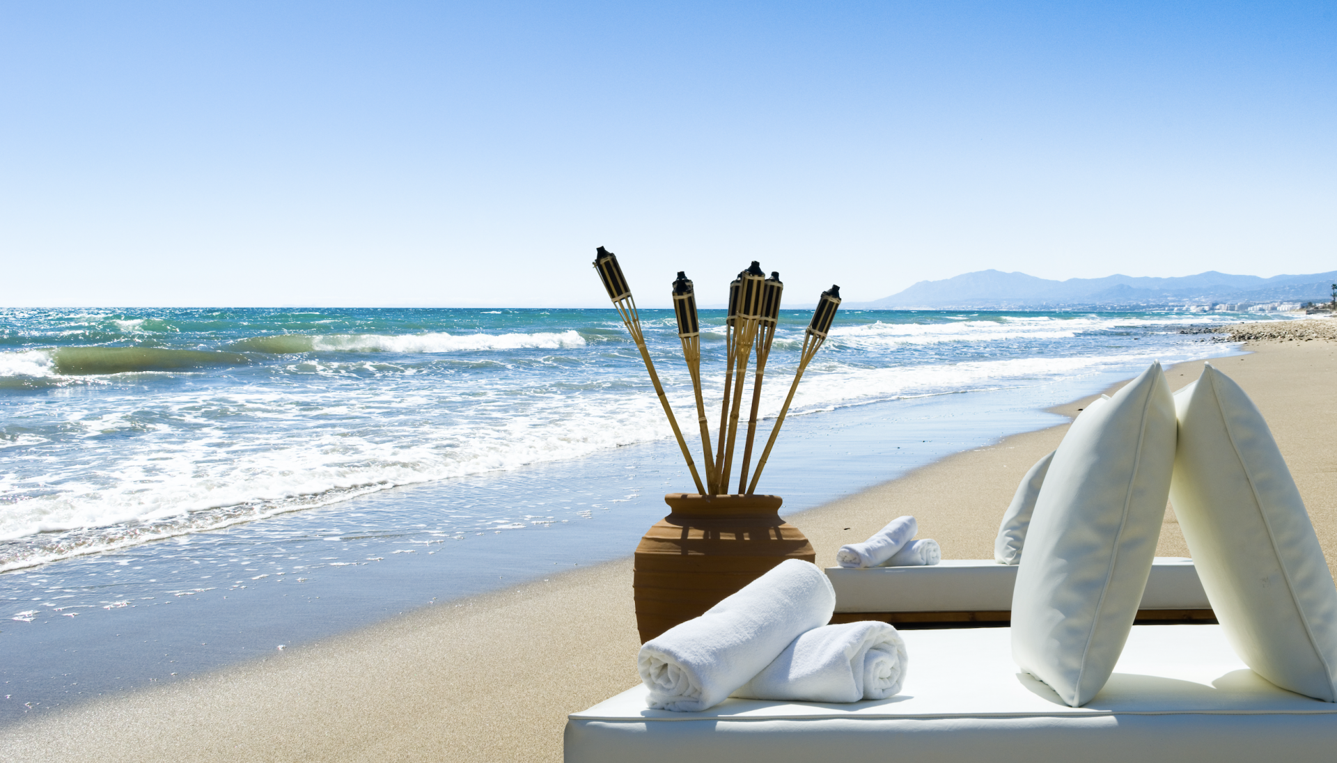 Marbella gets 'beach ready' for the summer